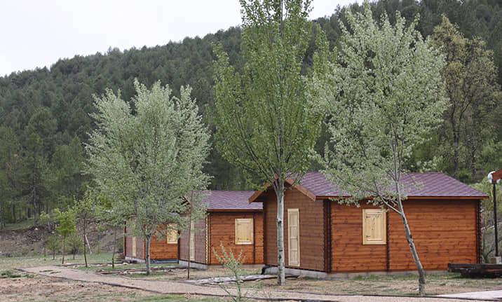 Cabañas de madera en la serranía de Cuenca, Asdon Aventura