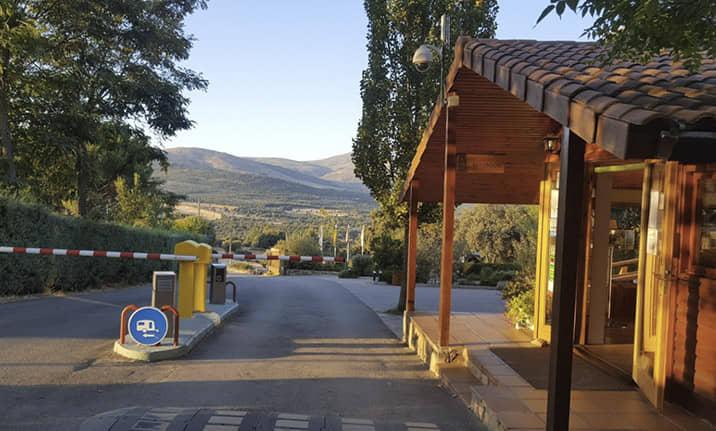 Camping ecoturismo de Gargantilla Asdon Aventura en el Valle de Lozoya