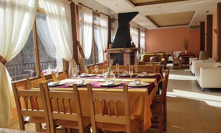 Commedor y restaurante en Hotel asociado Serranía de Cuenca