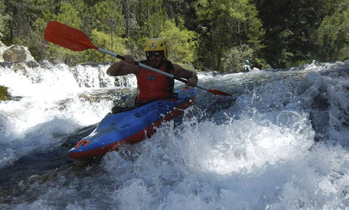 Equipamiento completo para kayak en el Alto Tajo