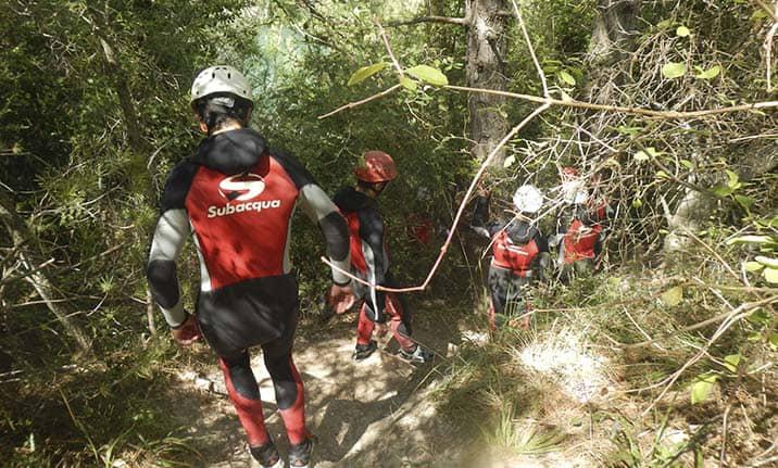 Equipamiento completo para barranquismo en la Serranía de Cuenca