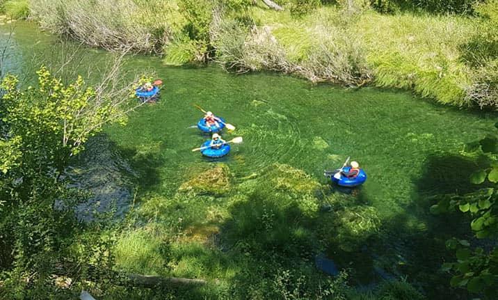 Actividad familiar, river tubing en el Alto Tajo