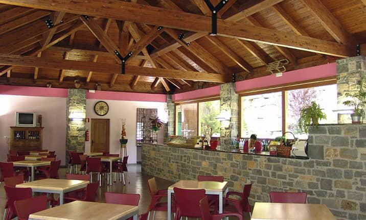Restaurante y cafeteria en Saravillo, Asdon Aventura Pirineos