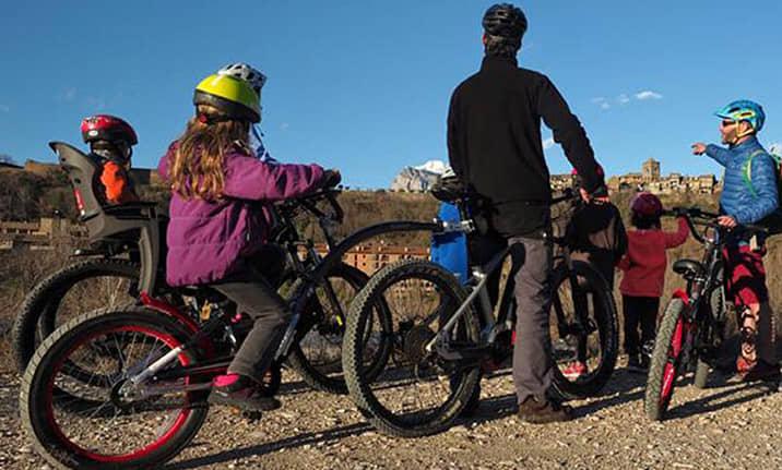 rutas-familiares-ebike-pirineos-asdon-aventura