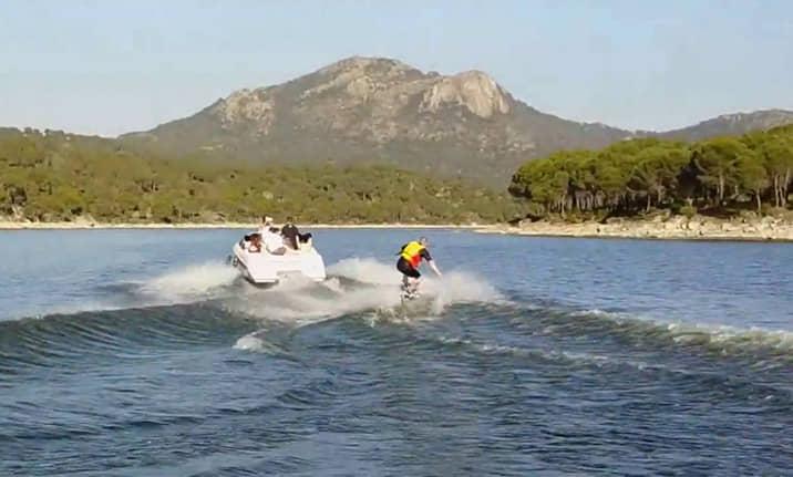 Wakeboard en el pantano de San Juan de Madrid